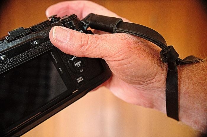 XE2-Wrist-Strap-DomVarney-2034